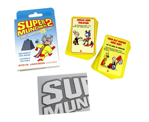 Super Munchkin 2: The Narrow S Cape components